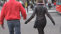 girls-jacket-in-leather-gloves-candid-street